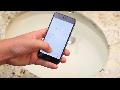 아이폰6 물에 담가 보았더니