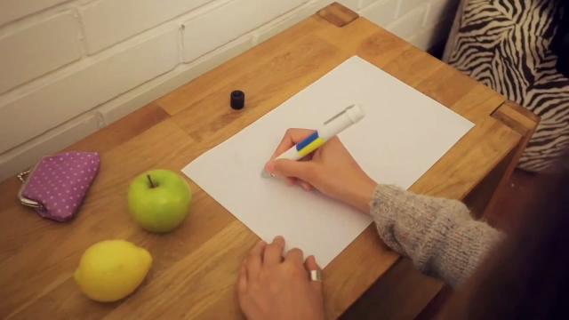 색을 재현해내는 만능 펜