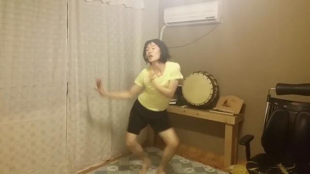 위글위글 엽기 춤의 본좌