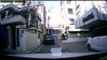 [막장 김여사부부] 골목길을 막은 차량은 알아서 피해가라!!