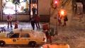 단체로 싸움을 하는 산타