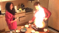 요리 도중 불이 활활 처참한 결과