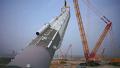 어마어마한 크기의 중장비가 작업하는 모습