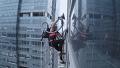 무선흡입력으로 건물빌딩을 정복한 극한실험 영상