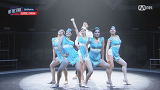 스테파니X블랙토크루, 승무원들의 춤