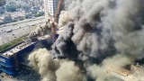 엄청난 연기가 덮인 정자동 화재