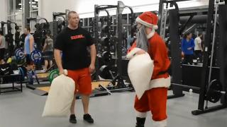 산타가 싸움을 걸어왔다, 그런데
