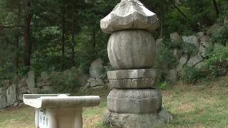 미스터리, 20년째 커지는 돌탑