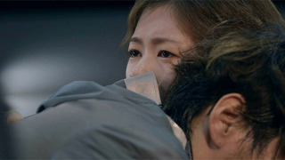 쓰러진 김영광 안고 눈물 왈칵!