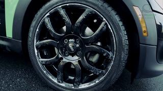 휠보호캡 알로이게이터,국내에서 시공된 포르쉐 파나메라 검정(BLACK)색 장착 시공