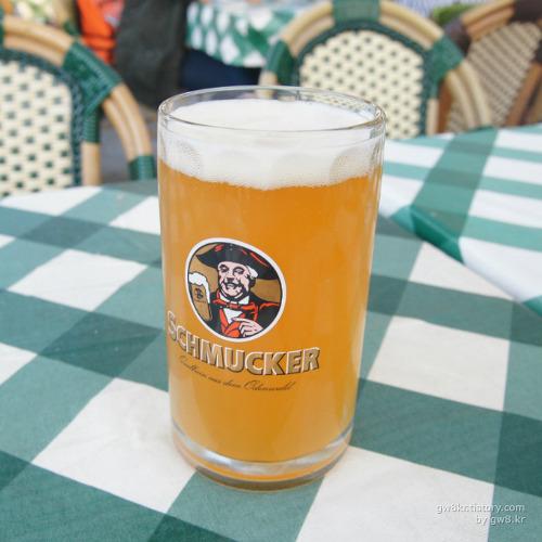 SCHMUCKER beer