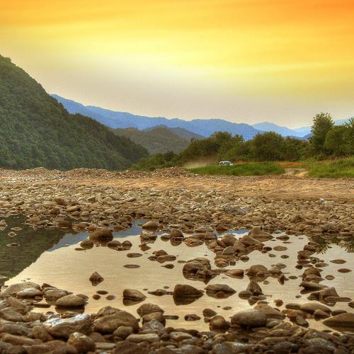 홍천 어느 강가에서