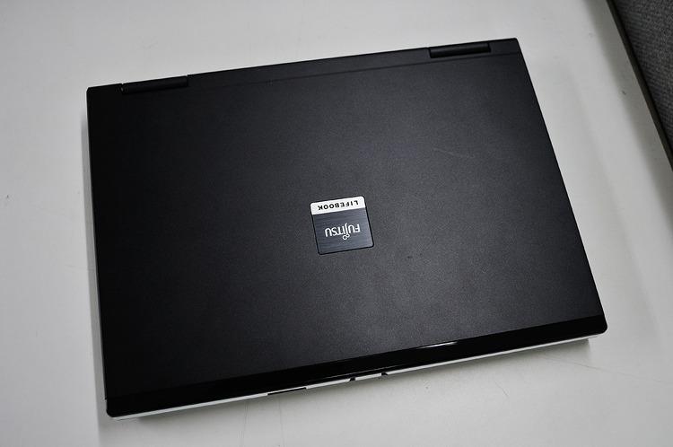 후지쯔 라이프북(FUJITSU LIFEBOOK E8410)