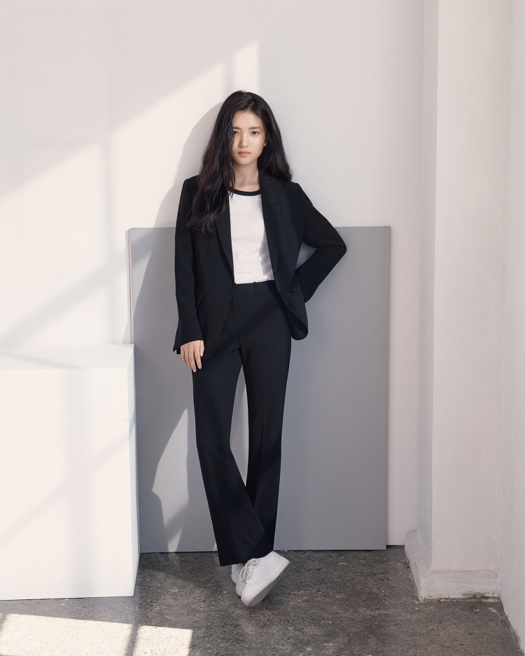 프론트로우 2018 SS '드라마 컬렉션' 김태리 고화질 화보
