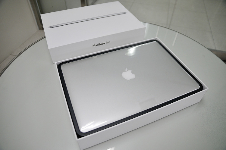 "MacBook Pro with Retina display 15.4"" 2014 mid (MGXC2KH/A) 개봉기"