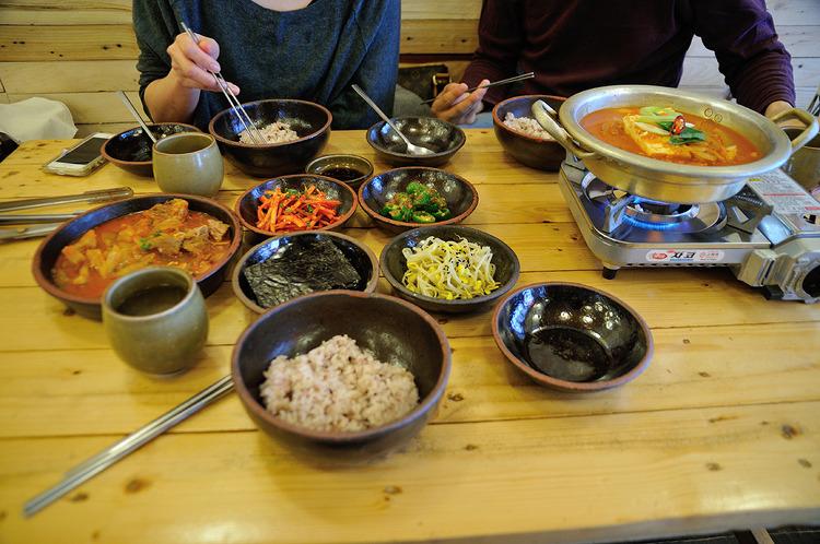 대연동 김치찌개 마을회관