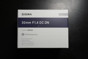 시그마 30mm f1.4 DC DN 렌즈 개봉기 : 삼식이라 쓰고 카페렌즈라 부른다