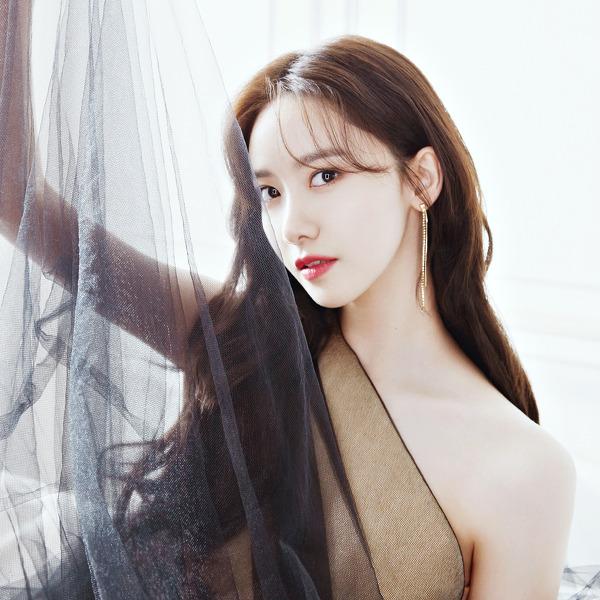 소녀시대(Girls' Generation) 윤아(Yoona) 마리끌레르 2020 12월호 고화질 화보 12장