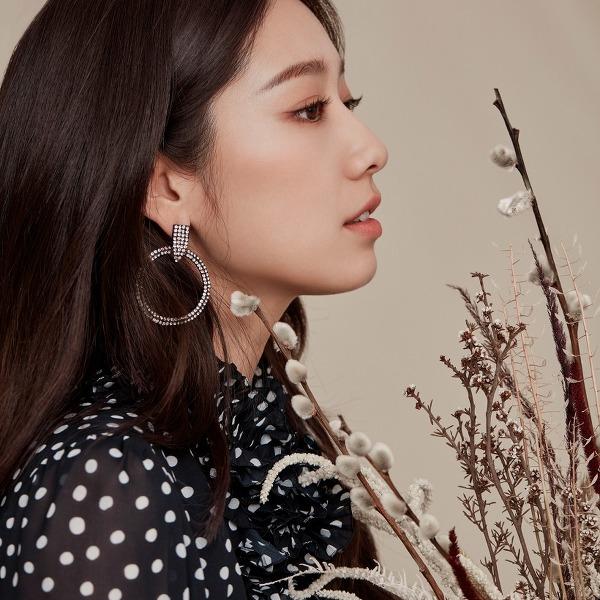 박신혜(Park Shin-hye) 모조에스핀 2020 가을 컬렉션 고화질 화보B 10장