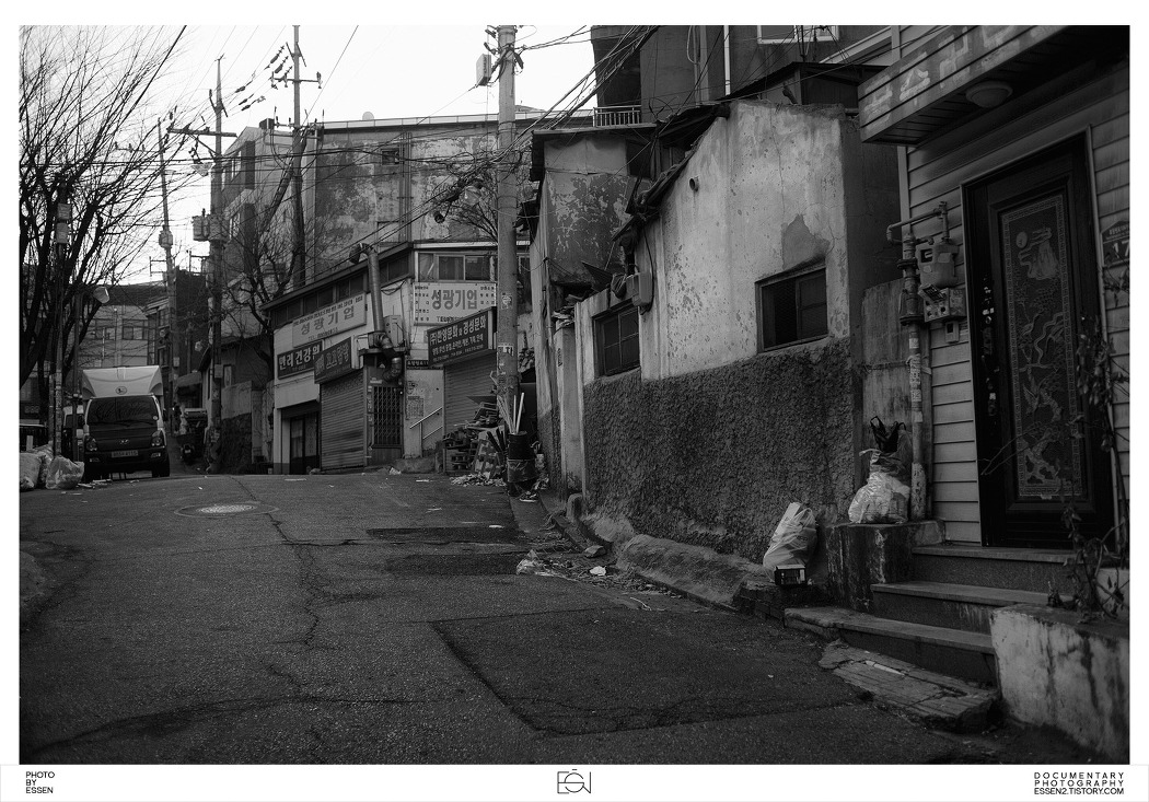 만리시장 / 흑백사진