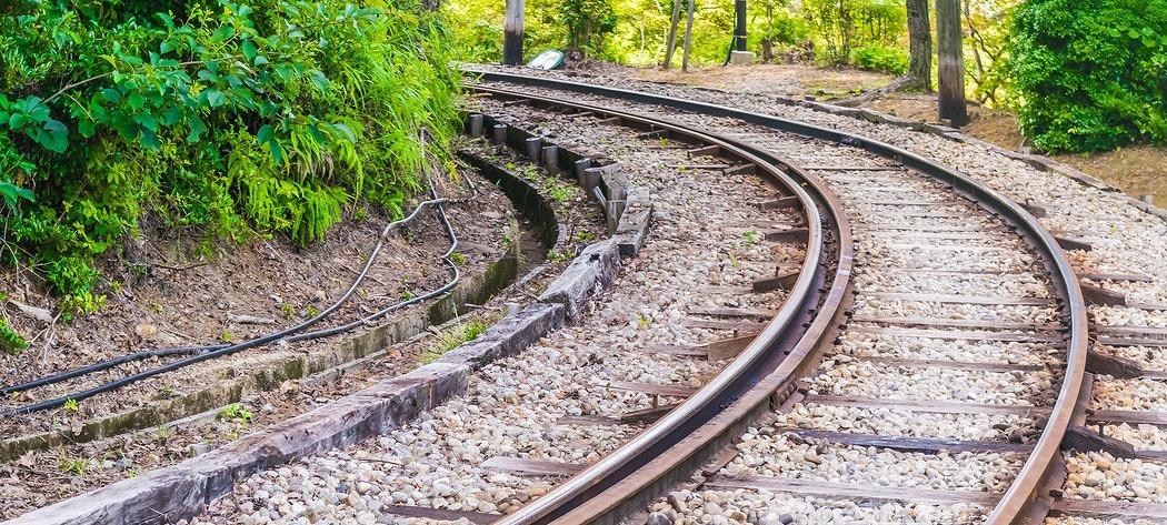 알아두면 쓸데있는 열차 곡선주행 상식
