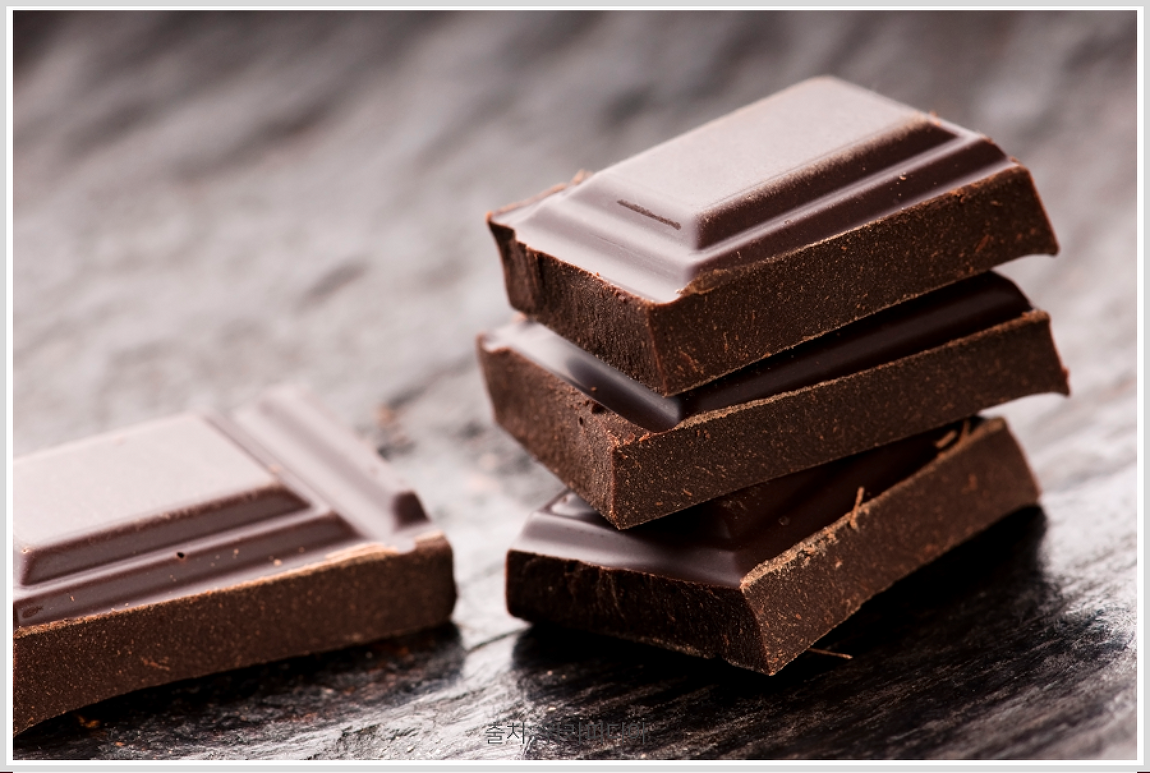초콜릿 속 화학성분이 우리 몸에 미치는 영향