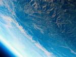 디카로 지구 사진