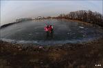 얼어붙은 지구...