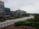 비내리는 날 - 구 안산25시광장(현 안산문화광장)