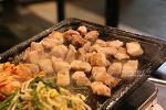 논현동 영동시장 맛집, 저렴한 고기를 즐길 수 있는 '삼촌네 고깃집'