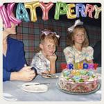 생일 파티의 신나는 분위기를 발랄함으로 표현한 멜로디 【 Katy Perry - Birthday [ 노래 듣기 / 뮤비 / 가사 ] 】