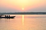 인도여행- 성스러운 도시 바라나시 갠지스강의 일출