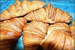 승리(勝利)를 기념하는 빵 크루아상 ( CROISSANT )