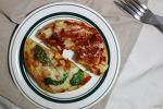 귀여운 미니 피자. 베이글 피자 만들기
