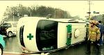 구급차 전복사고..응급환자 등 5명 병원 이송