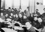 볼셰비키는 1917년에 '사회주의 혁명'을 옹호했는가? (2)