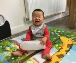 생후 9개월 3주, 엄마를 흉내내는 아이 (동영상)