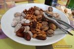 스페인 사람들이 연말과 새해에 견과류와 엿을 먹는 이유