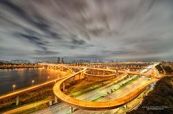 구름이 흘러가는 성수대교의 아름다운 야경[성수대교/야경/서울전망좋은곳/데이트코스]
