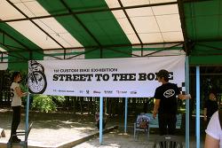 1st' Street to the Bone 2011.