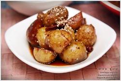 짭잘하고 맛있는 제철반찬 쪼글쪼글 알감자조림 만들기