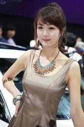 2011 Seoul Motor Show - 허윤정 # 2