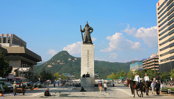 2011. 9. 22 ... 광화문 광장 .. 이순신 장군 동상 'ㅡ'