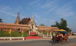 [여행기]태국, 280년된 오래된 사원 신비한 경험