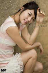 model   kim  si youn