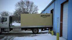 아마존(Amazon)에서 자동차를 주문한다? 닛산 베르사 노트(Nissan Versa Note) 바이럴 영상.