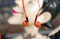 수디오 TVA, 생생한 음질이 매력적인 북구감성 오픈형 이어폰