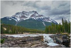 밴프, 애써베스카 폭포 (Athabasca fall)