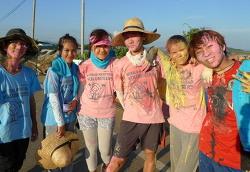 무안갯벌에서 8개국 청년들이 모여 함께한 '2013 유네스코 국제워크캠프' 리뷰