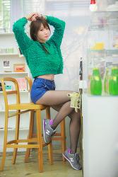 펑키한 느낌이 잘 어울리는 그녀 MODEL: 연다빈 (4-PICS)